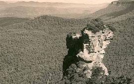 Orphan Rock, Katoomba, n.d. Digital ID 12932-a012-a012X2448000100